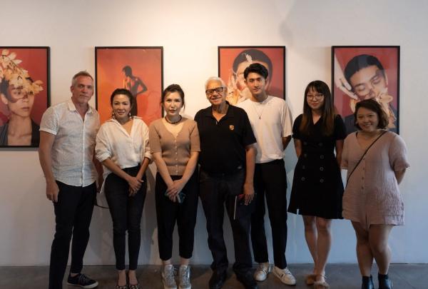 新锐时尚摄影师罗冰个展在洛杉矶举办 展现东方美学文化元素新概念