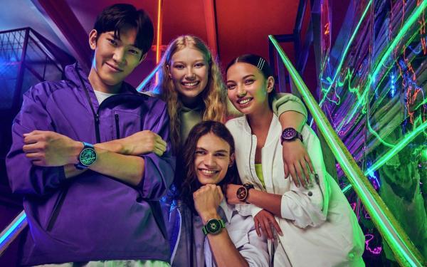 网美系手表!Swatch星空表超好搭,超优惠,一支双表带价直接带走两支!