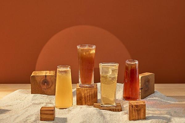 质感系手摇饮TEA敦北概念店,法式奶盖、台味热带果茶,新开幕指定品项买一送一