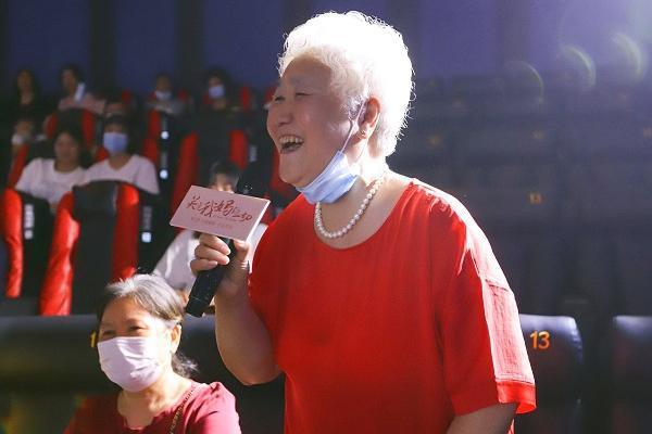 《关于我妈的一切》MV上线 硬糖少女303希林娜依·高用歌声告白妈妈