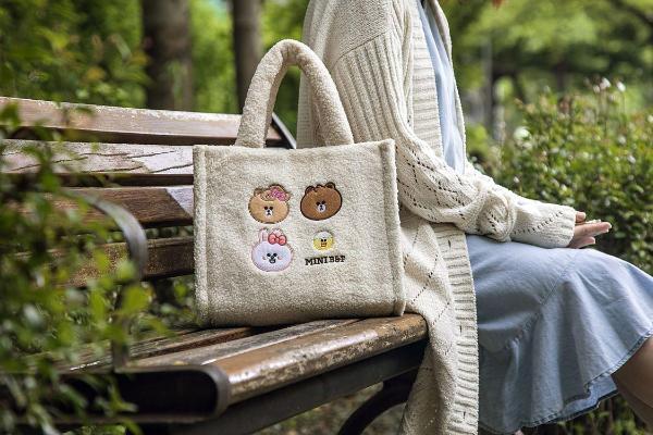 屈臣氏「MINI BROWN & FRIENDS」6款商品集点换购:折叠凳、麦克风还有泡脚机太可爱!