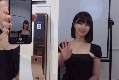 杭州郑女士摘口罩做客凯迪仕智能锁直播间,千万次曝光引全民热议