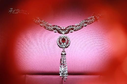 宝格丽BVLGARI Magnifica高级珠宝系列闪耀外滩一号绽放无穷魅力