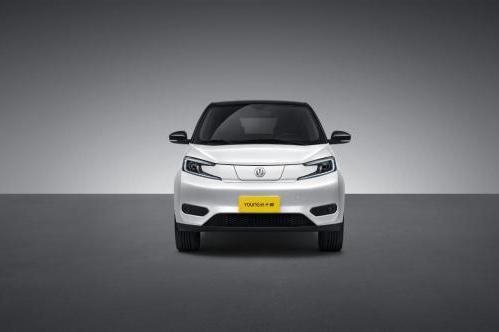 """""""造车新势力""""闪耀新能源汽车市场,重庆新特汽车回归引关注"""