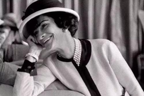 成为向往的她 红布林时髦玩家致敬传奇Coco Chanel