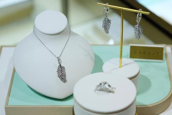 珠宝业开始拥抱培育钻石, 人造的钻石从争议转向共识?