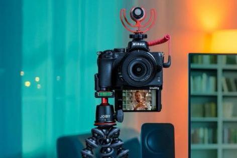 学索尼ZV-E10?尼康入门新微单将重点突出视频功能