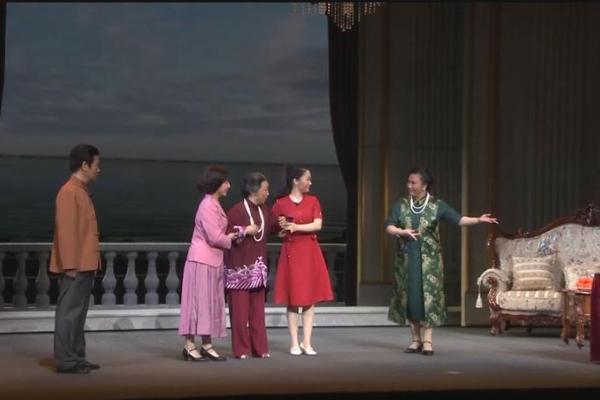 戏曲艺术盛宴,现代京剧《青山湖》亮相