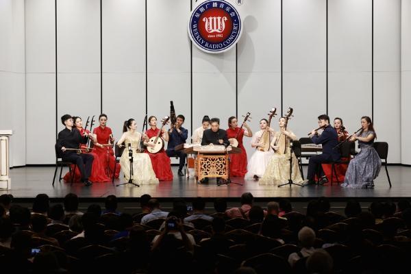 艺术 | 尊重传统、创新发展 看上海江南丝竹如何朝气蓬勃、充满活力