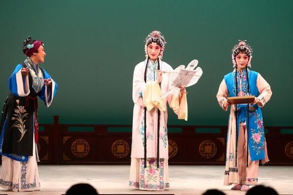 艺术 | 传统昆曲剧目《风筝误》亮相吉祥大戏院