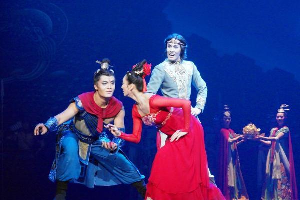 舞剧《传丝公主》代表陕西参演第六届全国少数民族文艺会演