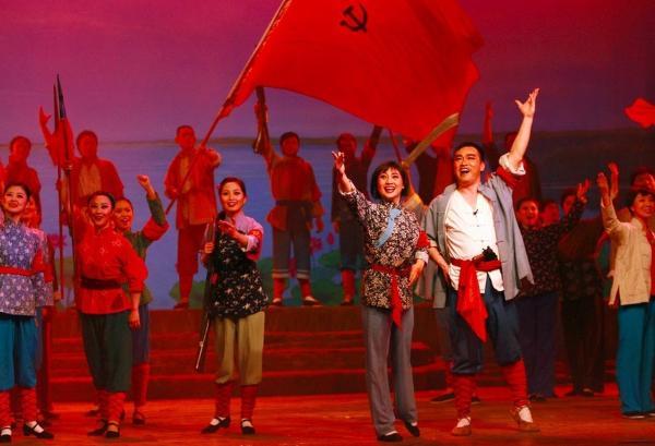 演出   连演三天,歌剧《洪湖赤卫队》唱响武汉