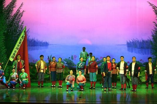 演出 | 连演三天,歌剧《洪湖赤卫队》唱响武汉