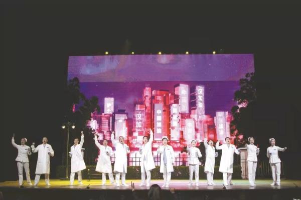 第四届湖北艺术节突出现实和革命题材剧目