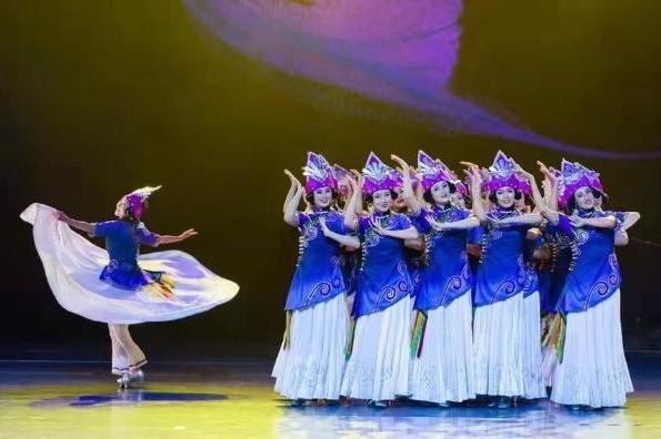 四川歌舞剧《山岗上的歌与舞》将于9月8日至9月13日全国展播