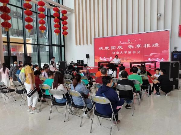 公共 | 文化惠民全天候,山东济南文化馆国庆展演获好评