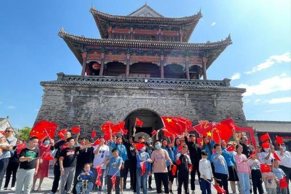 公共 | 欢度国庆、精彩不停 陕西白鹿原影视城各色活动为国庆生