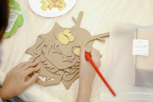 玩转神奇汉字、走进STEAM夏日课堂 华为教育中心暑期活动充实儿童假期生活