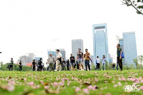 成都天府公园大草坪改造项目首期工作营正式启动
