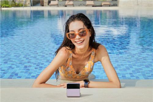 三星Galaxy Z Flip3 5G新品来袭 唤醒时尚与创作新期待