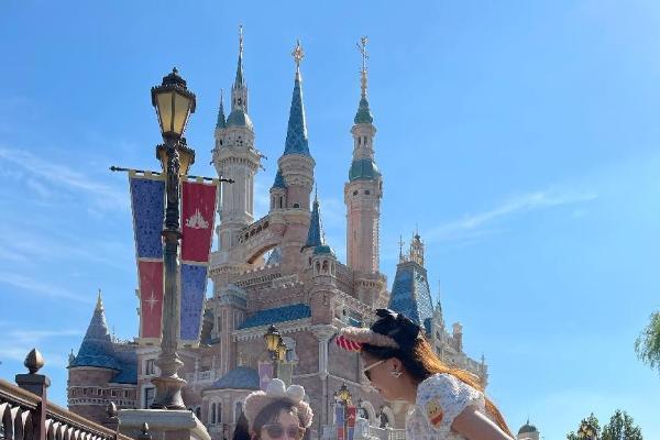 """邦邦代步车惊艳上海迪士尼乐园,被称""""神仙车"""""""