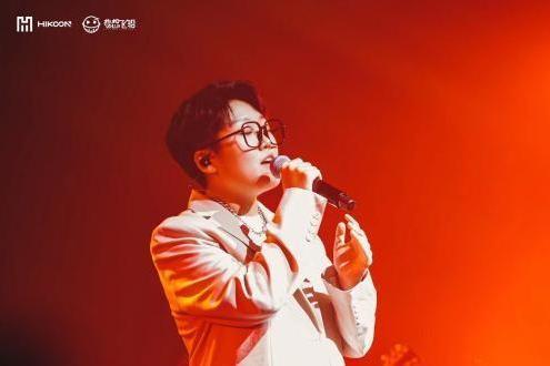 王靖雯成都巡演圆满结束 首张实体专辑《沦陷》火热上线