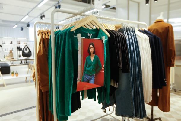 & Other Stories全国首家线下门店于上海环贸iapm商场重磅揭幕