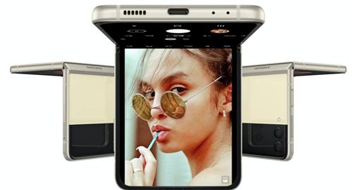 """告别折叠焦虑 三星Galaxy Z Flip3 5G诠释""""外刚、内柔、中坚"""""""