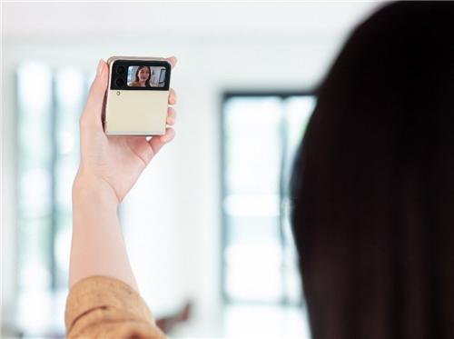 多种摄影玩法加持 三星Galaxy Z Flip3 5G等你探索