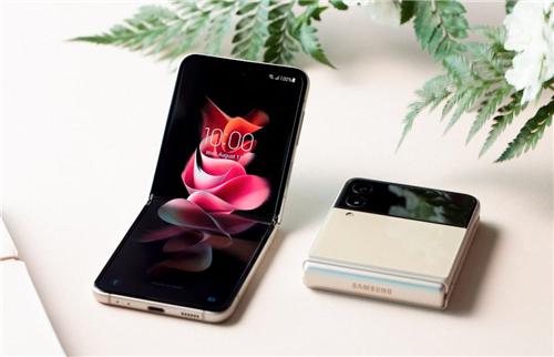 立式交互+导演视角 三星Galaxy Z Flip3 5G拍照神技能大发现