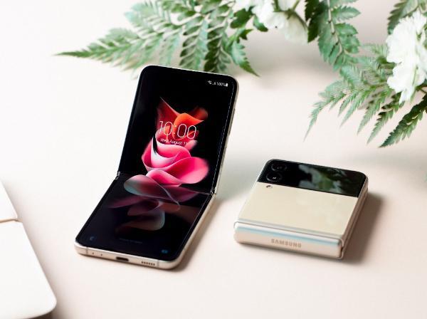 颜值与实力内外兼修 三星Galaxy Z Flip3 5G升级亮点解析