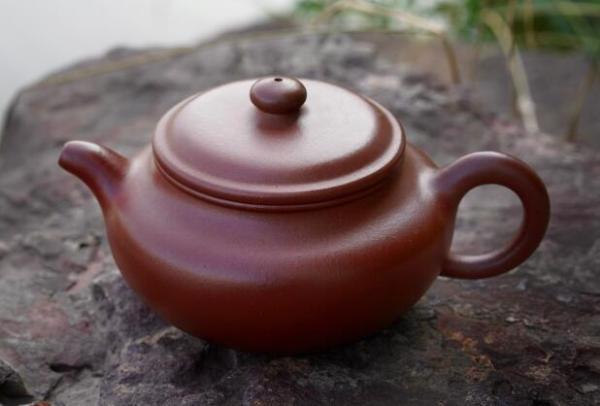 古拙雅致——徐南香紫砂壶