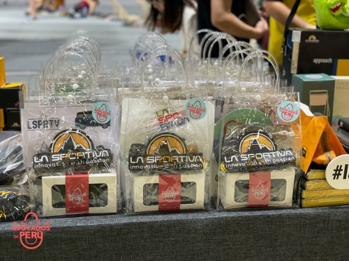 秘鲁牛油果赞助攀岩赛事,为选手提供能量支持
