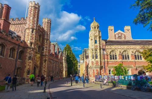申请杭州英国留学难不难?需要做什么准备?