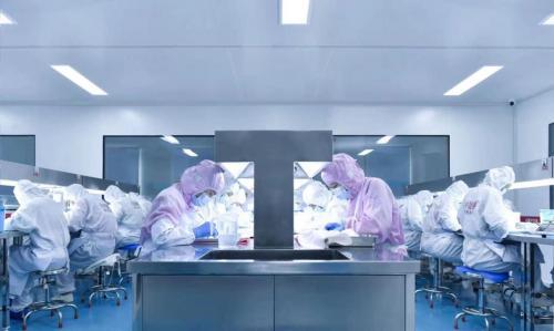 探访小仙炖鲜炖燕窝工厂如何实现全程透明化