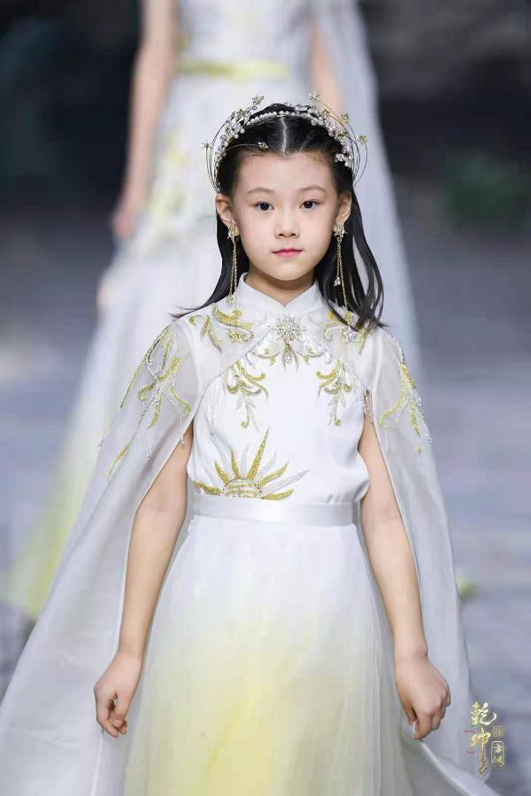 盖娅传说再度携手云朵艾杨,联名共创呈现国韵匠心