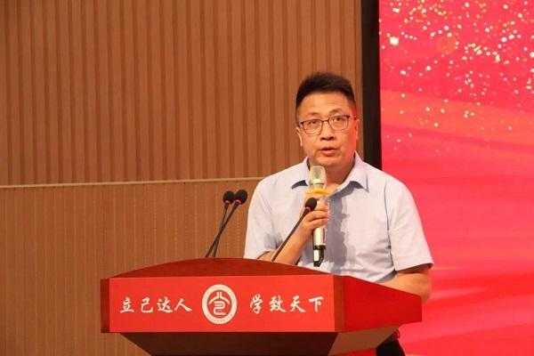 广东美思康宸实业有限公司回馈母校,助学仪式在松滋一中举行