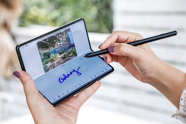 三星新一代Galaxy Z系列亮相成都 体验全面且强大的折叠屏标杆