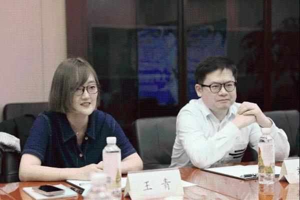 """中国青年报和Soul App邀你一起,争当深学笃行的""""有识青年"""""""