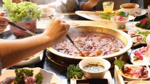 九九重阳节,浓浓敬老情!馨田火锅油碟与您共享佳节