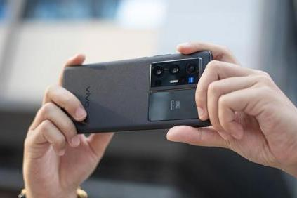 """盘点手机摄影的年度""""黑马"""",怎么还有陈欧旗下街电的事儿?"""