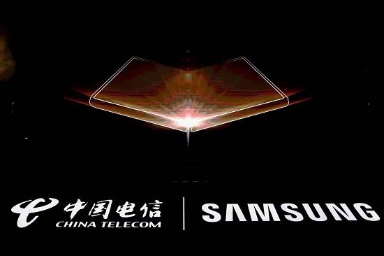 心系天下三星W22 5G上市在即 续写超高端手机新篇章