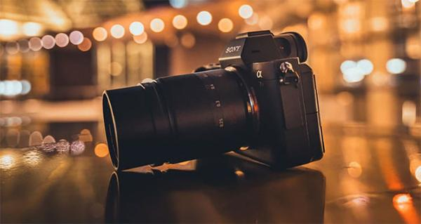 暗夜神镜!七工匠25mm F0.95镜头月底上市