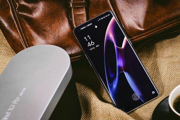 重构外观设计,OPPO Find X3 Pro摄影师版视觉手感双升级