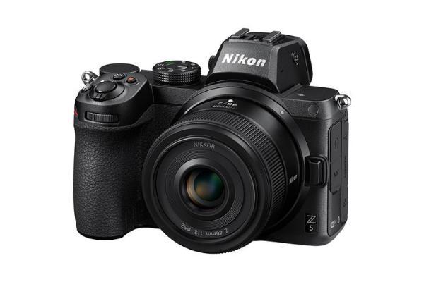 小巧轻便!尼康发布Z 40mm f/2便携式定焦镜头