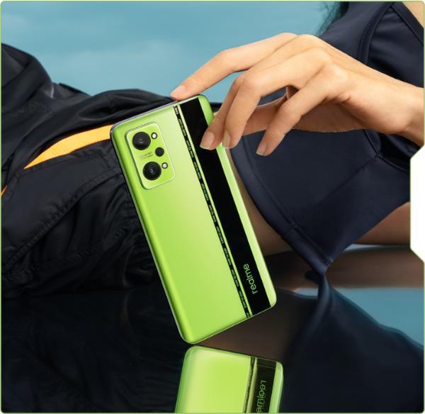 """真我GT Neo2""""黑薄荷""""配色公布:绿黑撞色设计"""