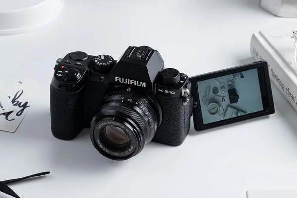 为什么越来越多vlogger都用上了富士相机?