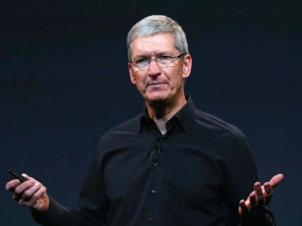 苹果公司CEO库克再获255万股股票奖励,价值3.68亿美元