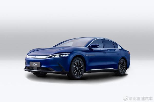 比亚迪汉EV全新外观配色发布了:极光蓝,超帅!