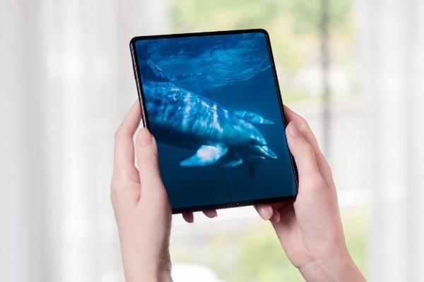 中秋节,三星Galaxy Z Fold3 5G给你最温馨的陪伴
